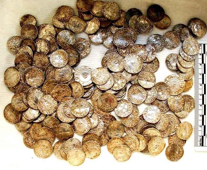 15-01-12-2174NE03A Anglo-Saxon coins.jpg