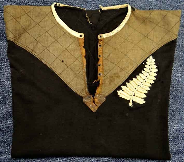 15-09-30-2210NE03A All Black rugby shirt.jpg