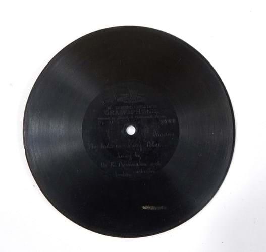 WEB 457 gramophone 24-5-17.jpg