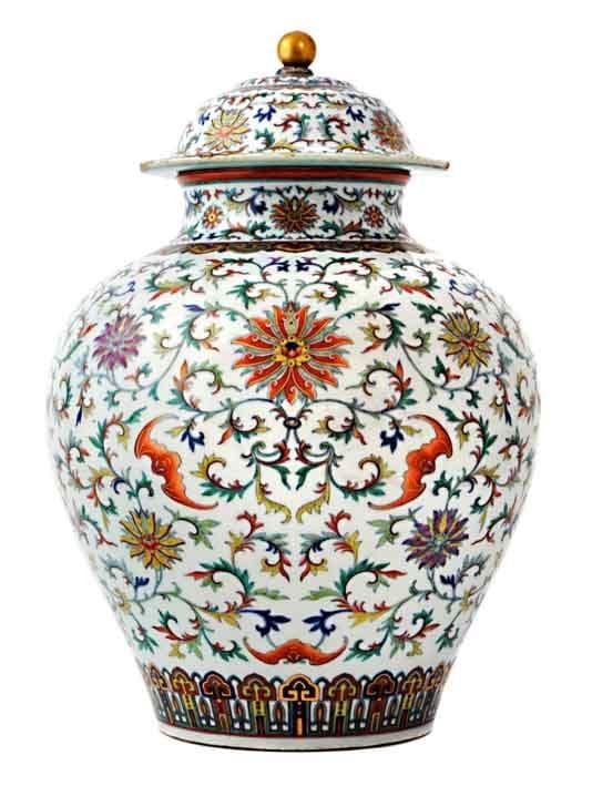 14-12-04-2169NE01A Qianlong jar.jpg