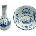 Lowestoft underglaze blue decorated juglet and basin
