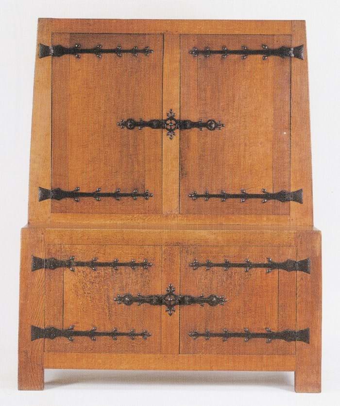 Mouseman oak cupboard