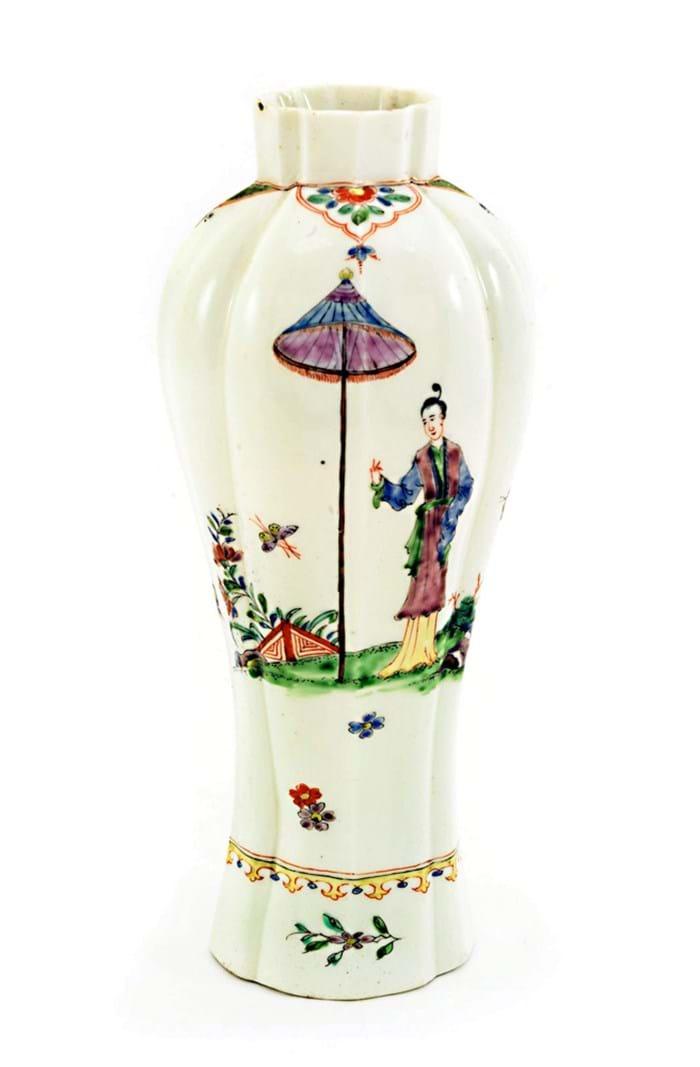 Worcester Porcelain vase with Long Eliza figure